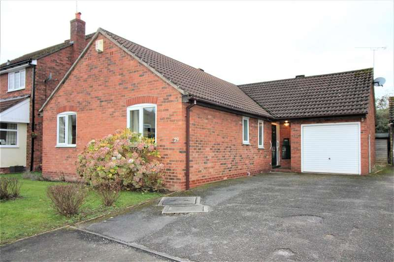 3 Bedrooms Bungalow for sale in Shelburne Drive, Haslington