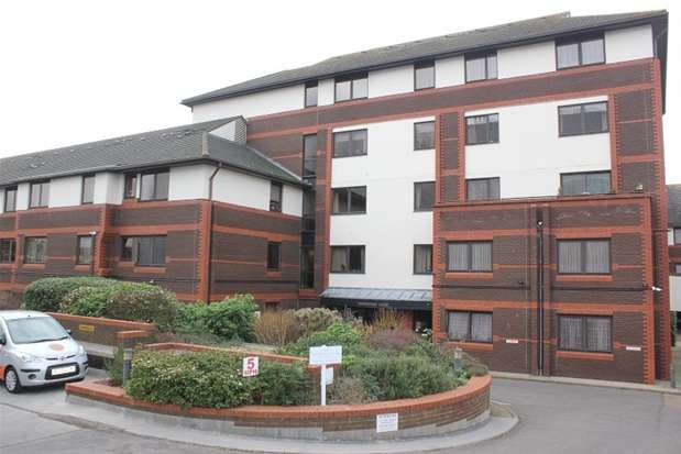 Property for rent in Gordon Place, Southend on Sea