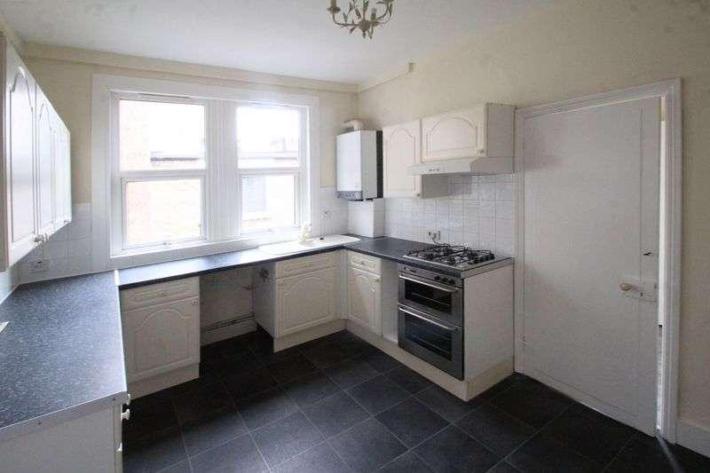 2 Bedrooms Property for rent in Birkbeck Road, Beckenham