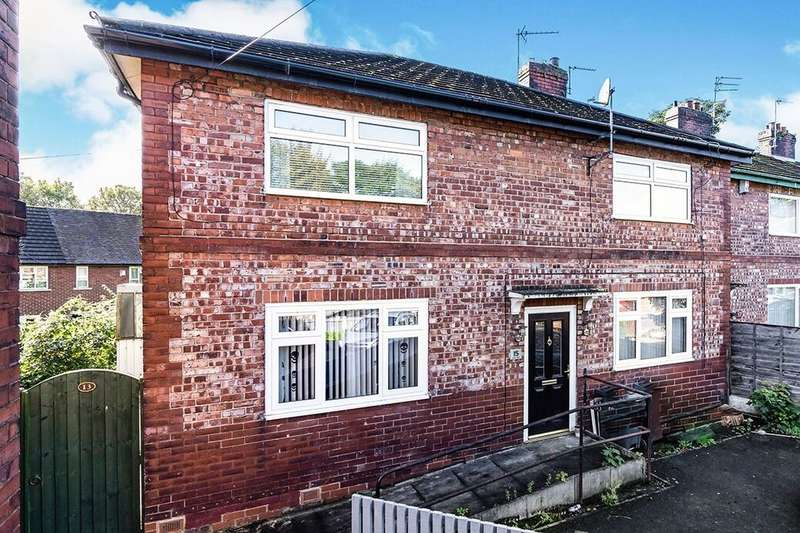 2 Bedrooms Flat for rent in Whitby Avenue, Salford, M6