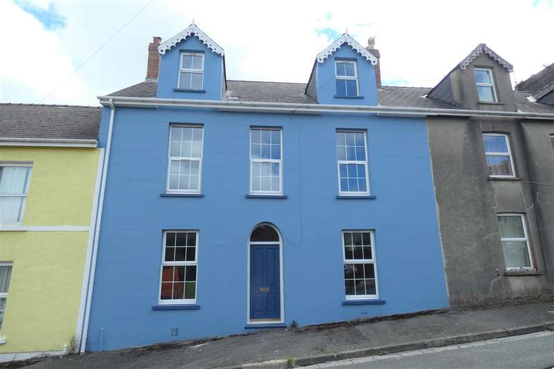 6 Bedrooms Town House for sale in Cumby Terrace, Pembroke Dock