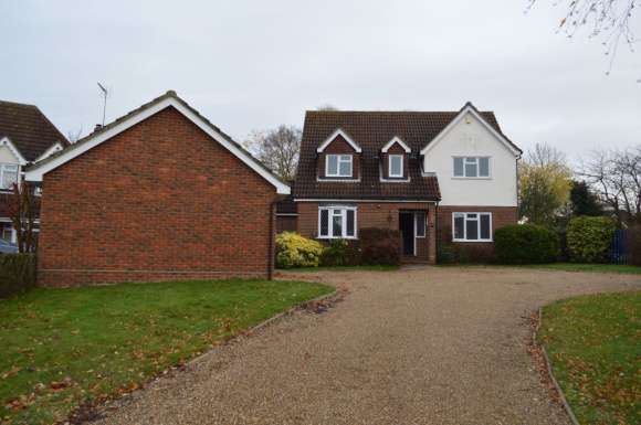 4 Bedrooms Detached House for rent in Wickham Bishops CM8 3NZ