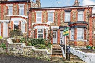 3 Bedrooms Terraced House for sale in Nightingale Road, Dover, Kent, .