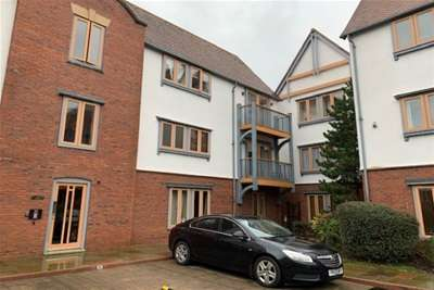 2 Bedrooms Flat for rent in 156 Foregate St, City Centre