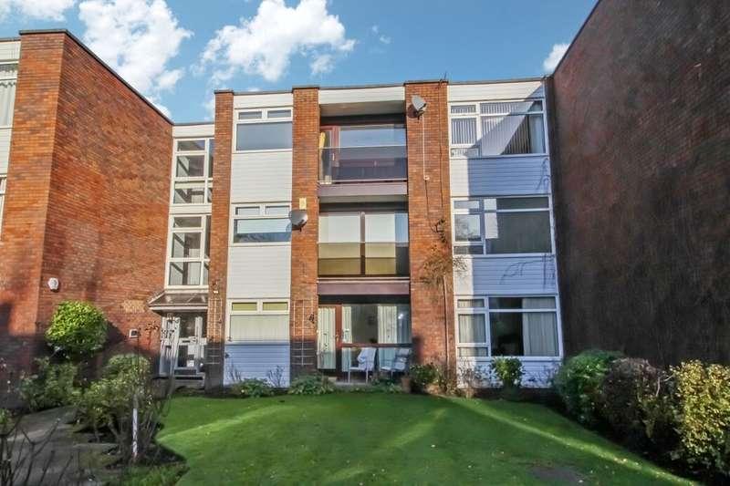 2 Bedrooms Flat for rent in Queens Road, Wilmslow, SK9
