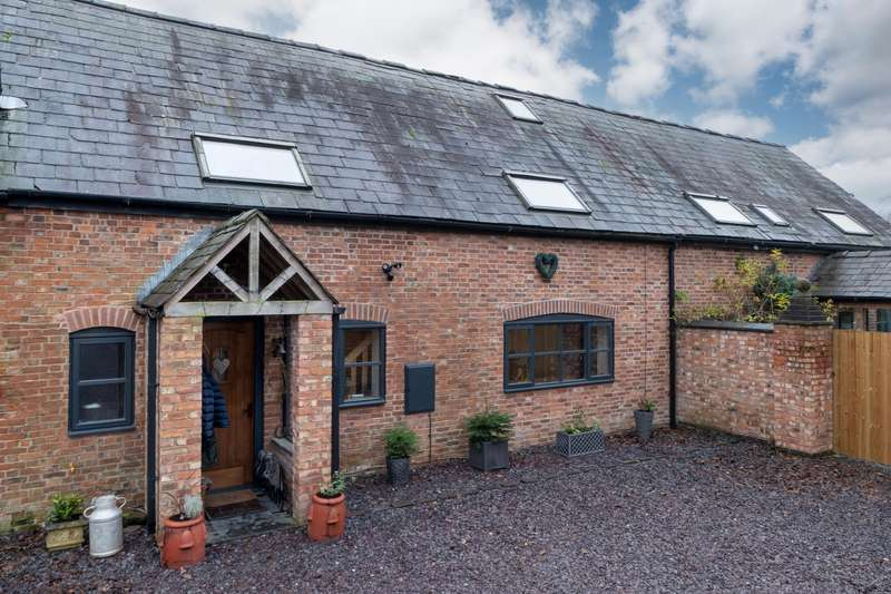 3 Bedrooms House for sale in 3 bedroom Barn Conversion Semi Detached in Nantwich