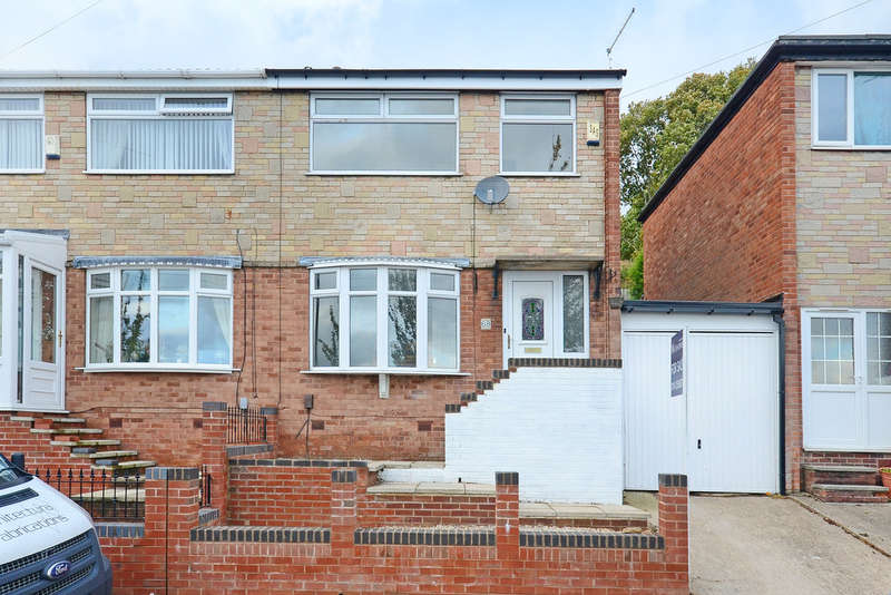 3 Bedrooms Semi Detached House for rent in Sandstone Avenue, Sheffield