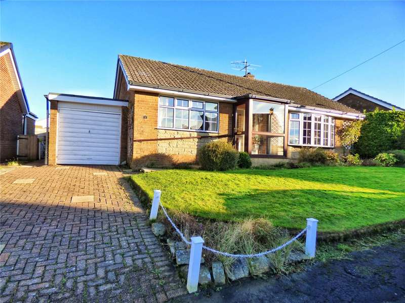 2 Bedrooms Detached Bungalow for sale in Malvern Way, Helmshore, Rossendale, BB4
