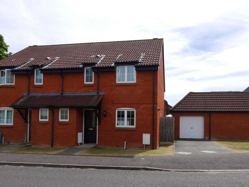 3 Bedrooms Semi Detached House for rent in Malyon Road, Hadleigh, Ipswich, Suffolk, IP7 6RE