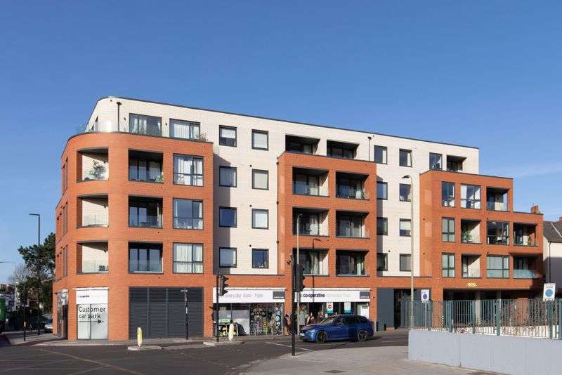 2 Bedrooms Property for sale in Woodhams Apartments, Masons Hill, Bromley