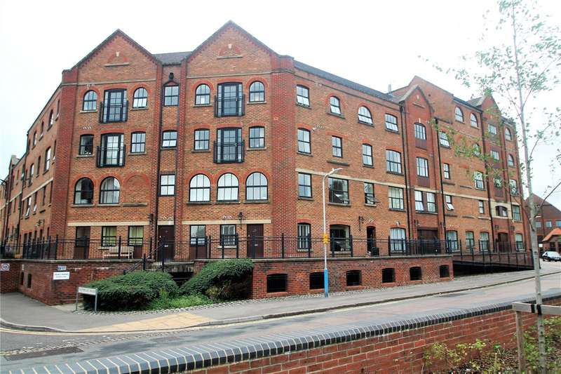 2 Bedrooms Property for rent in Whitefriars Wharf, Tonbridge, Kent
