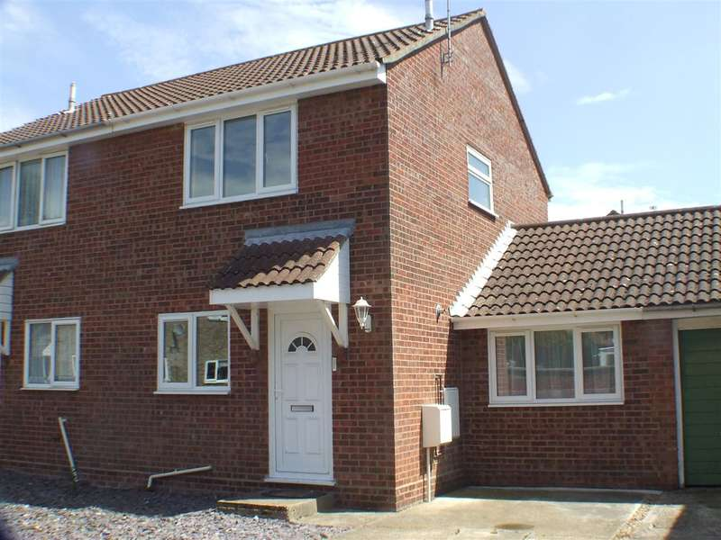 4 Bedrooms House Share for rent in Charles Court, Wivenhoe, Colchester