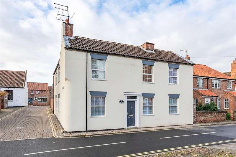 3 Bedrooms Detached House for rent in Walkergate , Beverley, East Yorkshire , HU17 9ER