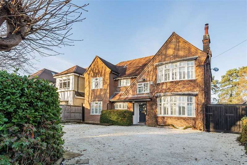 5 Bedrooms Detached House for sale in Rowley Green Road, Arkley, Hertfordshire