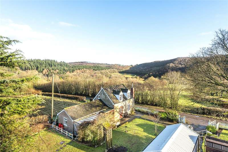 3 Bedrooms Detached House for sale in Crookmullen, Wigmore, Leominster, Herefordshire, HR6 9UQ
