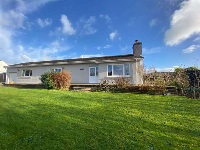 3 Bedrooms Detached Bungalow for sale in Camrose, Haverfordwest