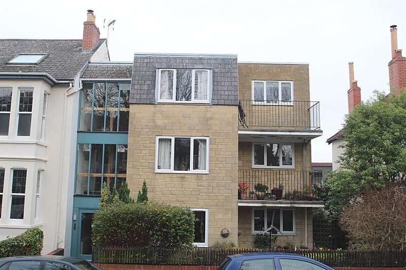 2 Bedrooms Flat for sale in Florence Park, Westbury Park, Bristol BS6