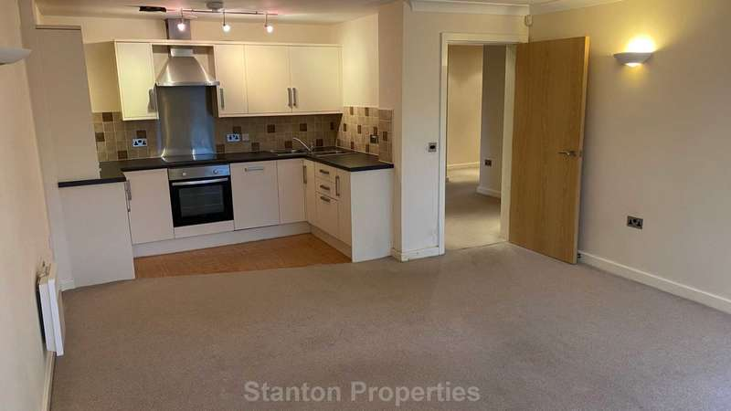 2 Bedrooms Apartment Flat for rent in Brooklands Court, Mill Moor Road, Meltham