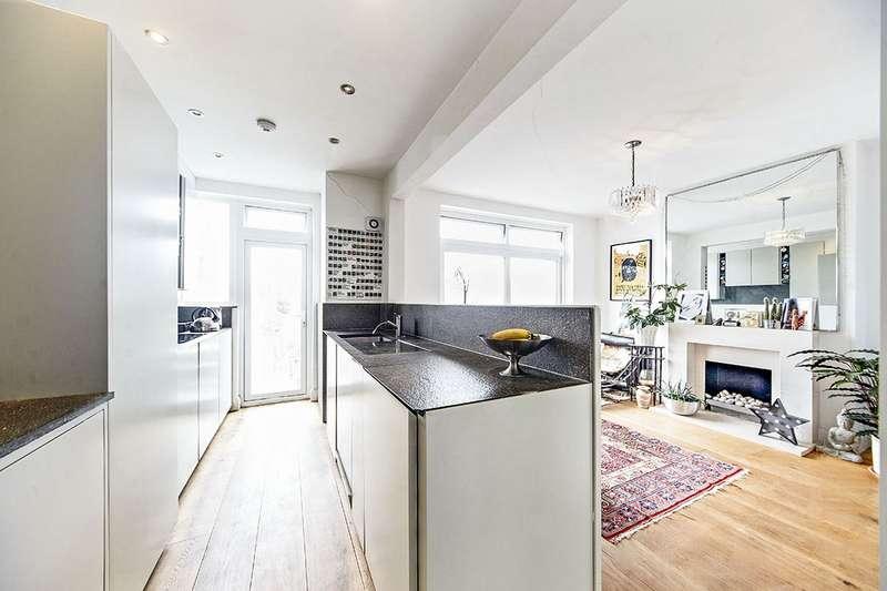 3 Bedrooms House for sale in Bellingham Road, London, SE6