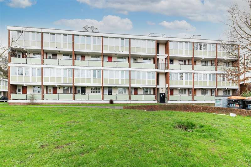 4 Bedrooms Maisonette Flat for sale in Alton Road, Roehampton