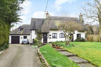 4 Bedrooms Cottage House for rent in Ludgershall, Aylesbury, HP18