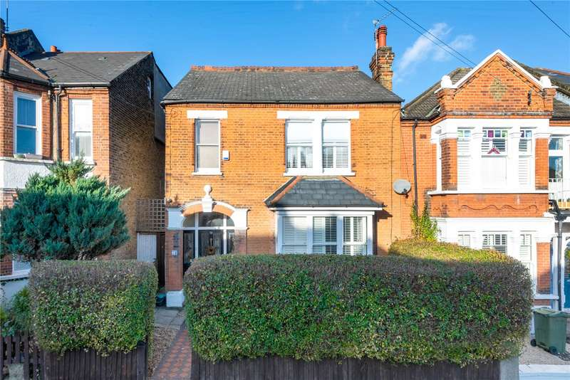 5 Bedrooms Semi Detached House for rent in Wolfington Road, West Norwood, London, SE27