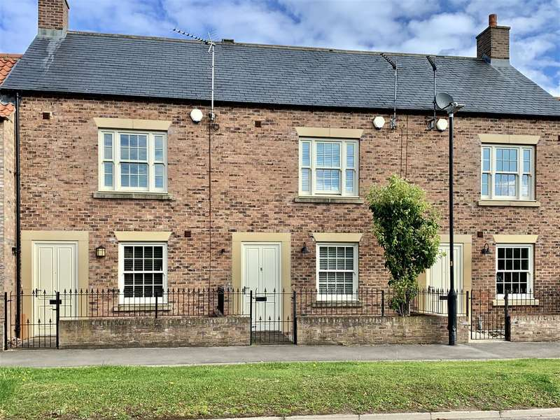 3 Bedrooms Terraced House for sale in Blakey Lane, Sowerby