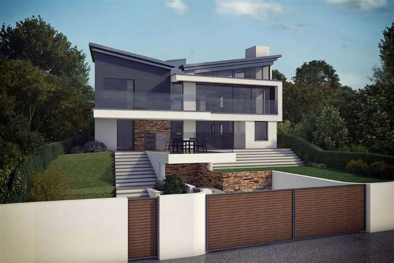 4 Bedrooms Detached House for sale in Polkirt Hill, St. Austell, Cornwall