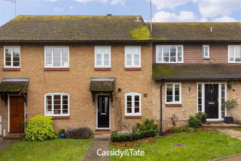 2 Bedrooms Terraced House for sale in Kingfisher Close, Wheathampstead, Hertfordshire
