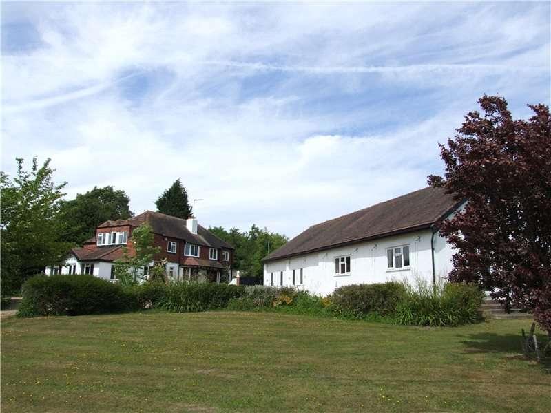 Detached House for sale in Common Lane, Radlett, Hertfordshire, WD7