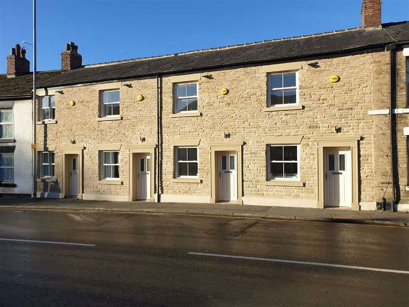 2 Bedrooms Mews House for rent in Hurdsfield Road, Macclesfield