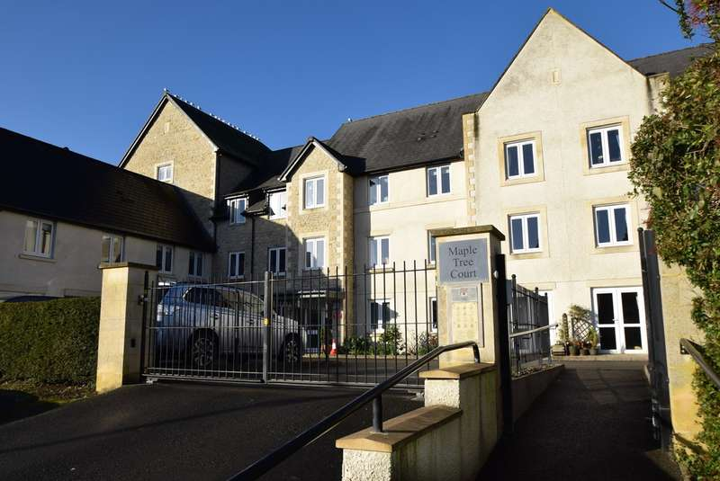1 Bedroom Retirement Property for sale in Maple Tree Court, Old Market, Nailsworth, Stroud, GL6