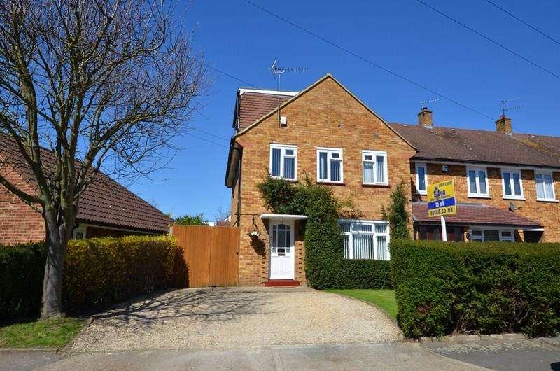 5 Bedrooms Detached House for rent in Worcester Road, Uxbridge, UB8
