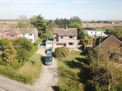 3 Bedrooms Detached House for sale in Fingringhoe, Colchester, Essex