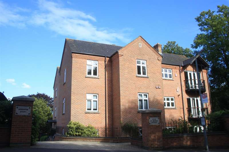 3 Bedrooms Flat for rent in SALISBURY - Atherton Court