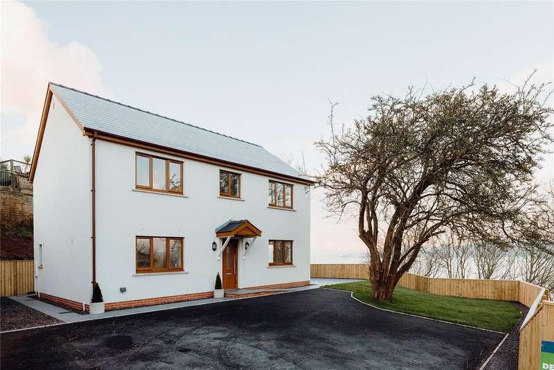 3 Bedrooms Detached House for sale in Martello Road, Llanreath, Pembroke Dock