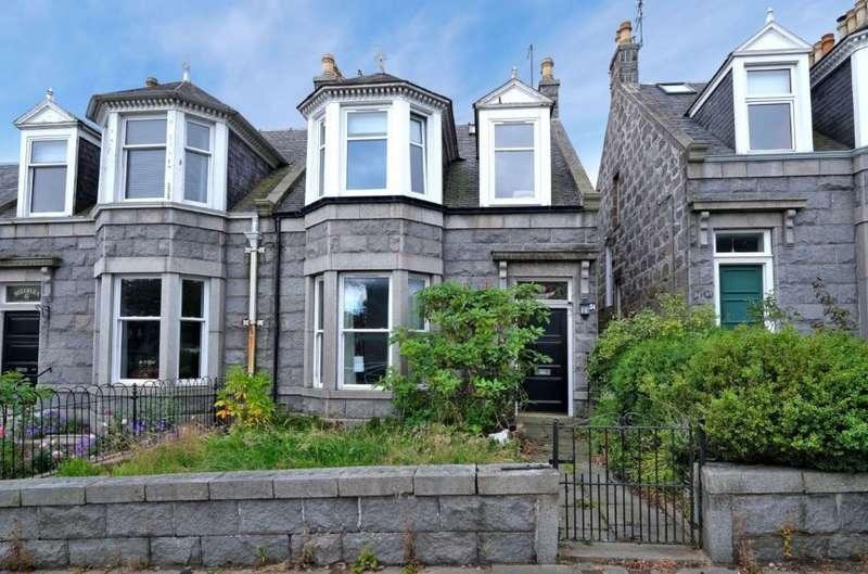 2 Bedrooms Flat for sale in 49 Abergeldie Road, Aberdeen