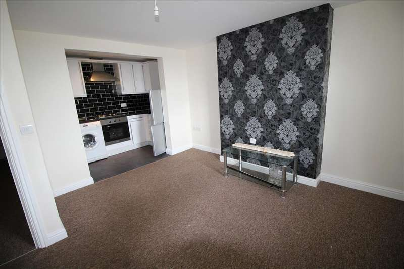 2 Bedrooms Apartment Flat for rent in Flat 3, West County Court, MILLOM