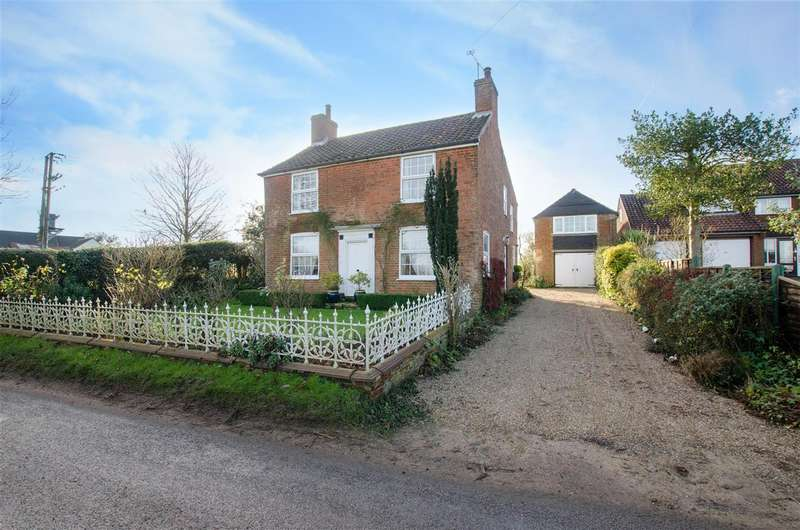 4 Bedrooms Detached House for sale in Horning, NR12