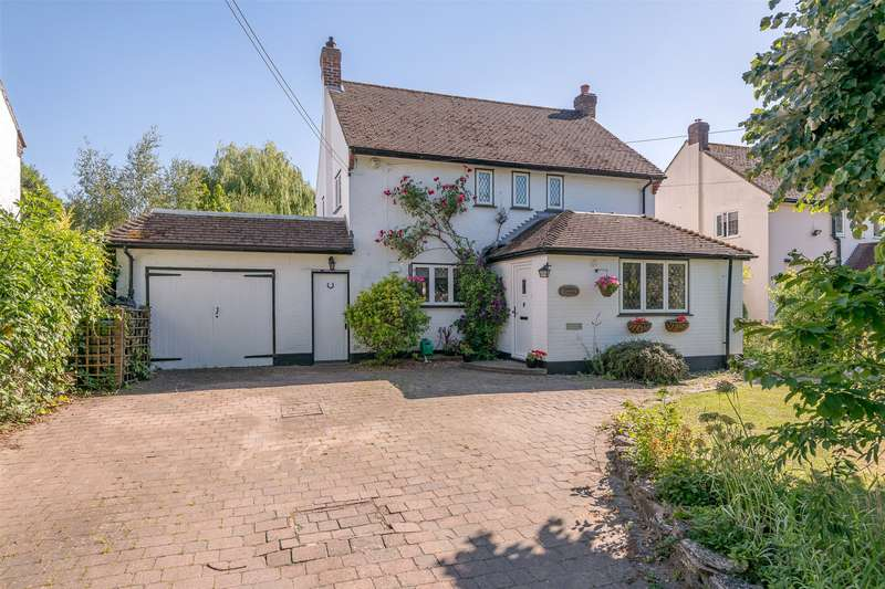 5 Bedrooms Detached House for sale in Millers Lane, Outwood, Redhill, Surrey, RH1