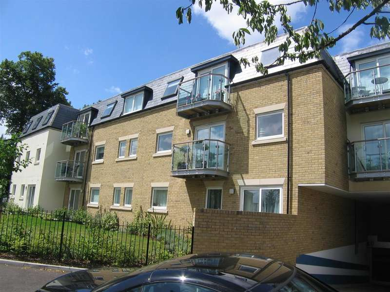 2 Bedrooms Apartment Flat for rent in Raine Gardens, Woodford Green
