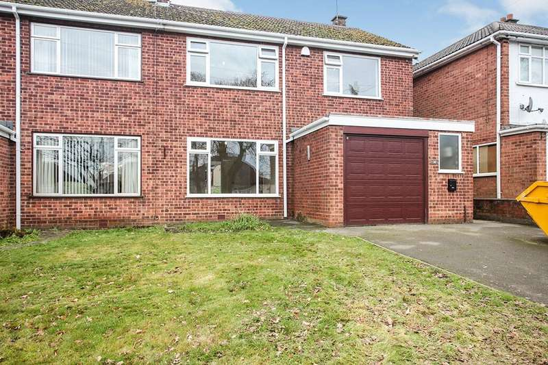 3 Bedrooms Semi Detached House for rent in Camp Hill Road, Nuneaton, CV10