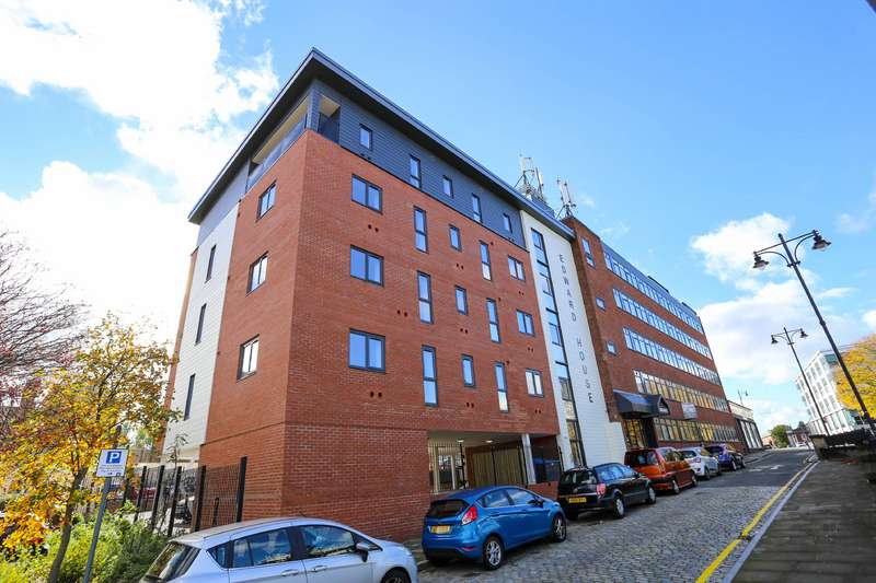 1 Bedroom Apartment Flat for rent in Edward Street, Stockport, Cheshire, SK1