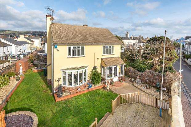 3 Bedrooms Detached House for sale in Fore Street, Shaldon, Teignmouth