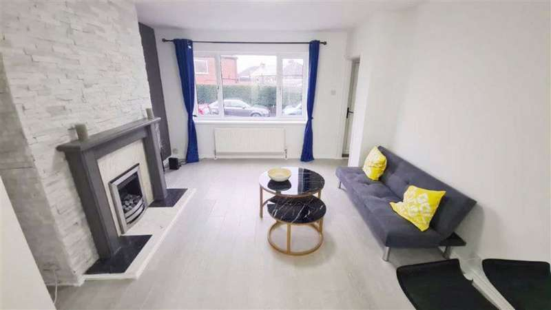 3 Bedrooms Terraced House for sale in Mellor Street, Droylsden, Manchester