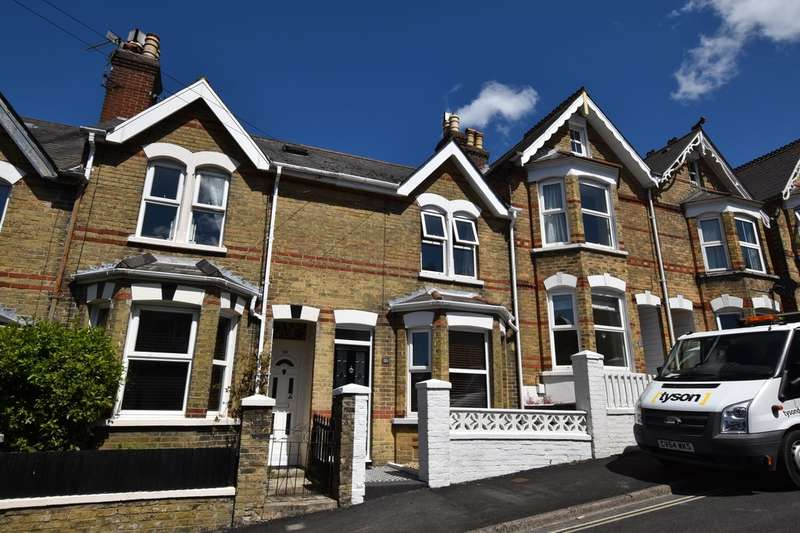3 Bedrooms Terraced House for rent in Cowes, Isle Of Wight