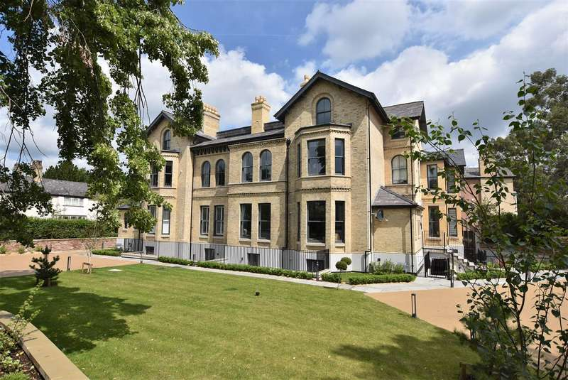 3 Bedrooms Apartment Flat for sale in Highbank, Green Walk, Bowdon