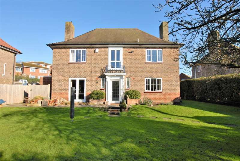 4 Bedrooms Detached House for sale in Barrack Hill, Hythe, CT21
