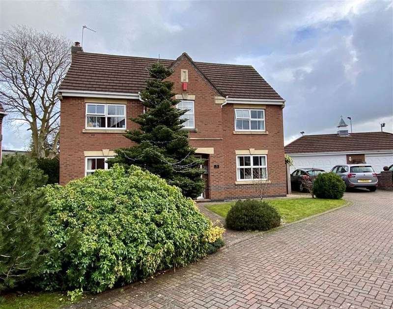 4 Bedrooms Detached House for sale in Hartley Drive, Stone