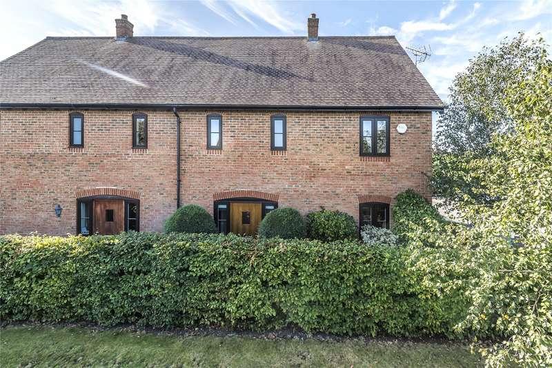 4 Bedrooms Semi Detached House for sale in Summer Close, Byfleet, Surrey, KT14